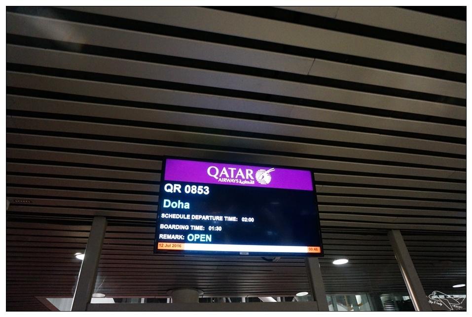 [卡達歐洲]卡達航空搭乘記錄。飛歐洲超便宜機票。吉隆坡–阿姆斯特丹。斯德哥爾摩–香港。open jaw機票繞歐洲一圈沒問題~