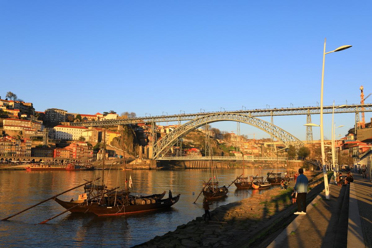 葡萄牙波多文青碼頭|Marginal de Gaia,堪稱世界最美的碼頭,你不能錯過~