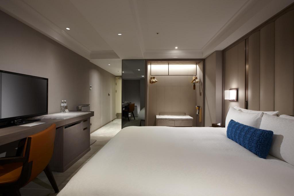 最新推播訊息:米推舒適飯店,台北老爺推出單晚2300的房間喔!