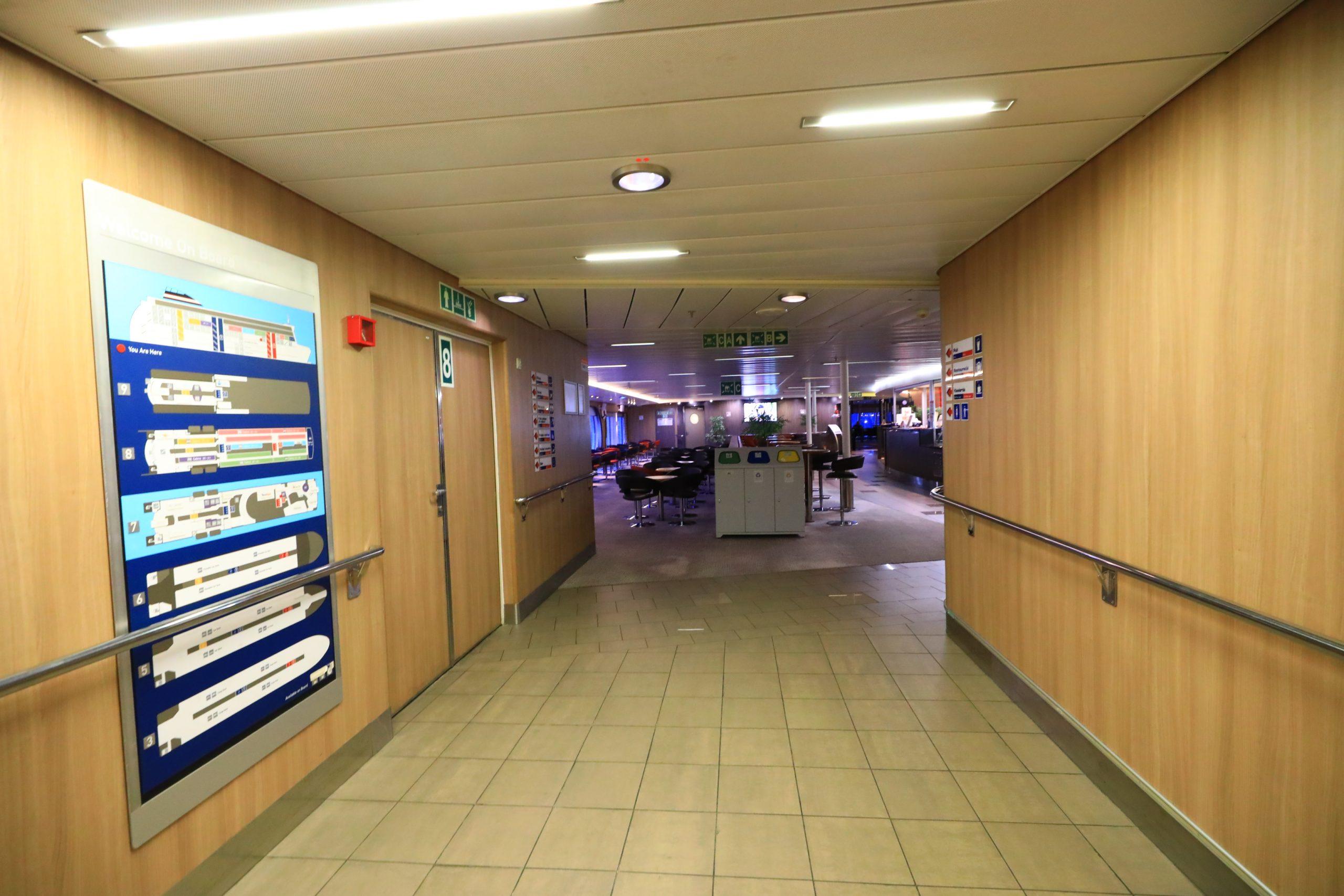 瑞典到波蘭郵輪 Stena line Polferries,波羅的海郵輪交通,Nynäshamn到Gdańsk海盜船體驗記錄