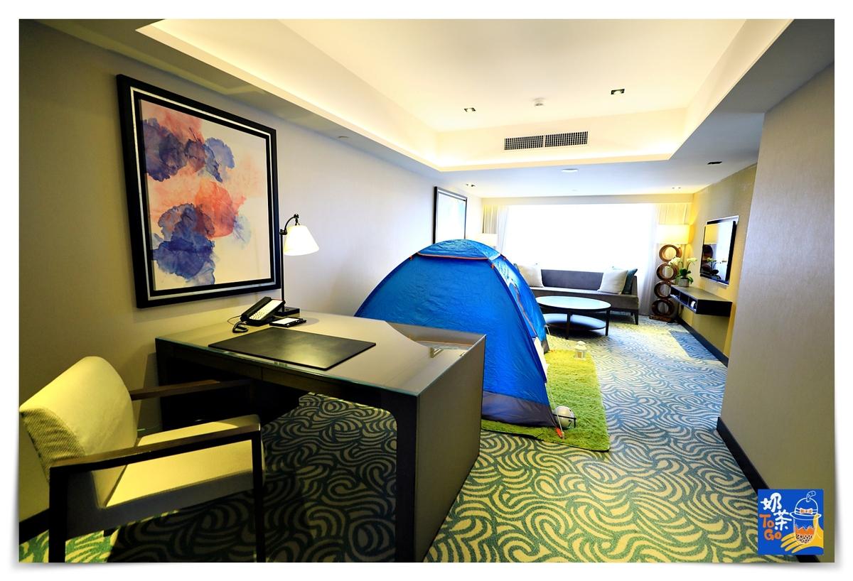 君悅酒店|全台灣第一家五星飯店、國際水平、注重隱私、硬體細緻、服務親切細緻~水景設計三溫暖、多樣化健身房、溫水游泳池