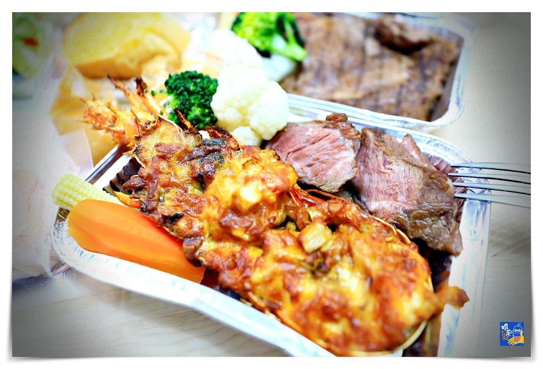 防疫外帶餐|星辰牛排館,起司焗烤龍蝦、法式低溫舒肥牛排伊比利豬腳,滿足你在家的儀式感~想吃,就好好地吃一頓