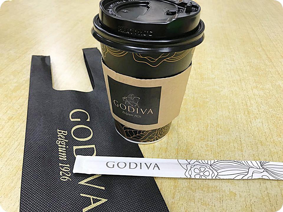 即時熱門文章:7-11 godiva醇黑經典巧克力,12/5經典上市,單杯送超值專屬杯袋,99元~