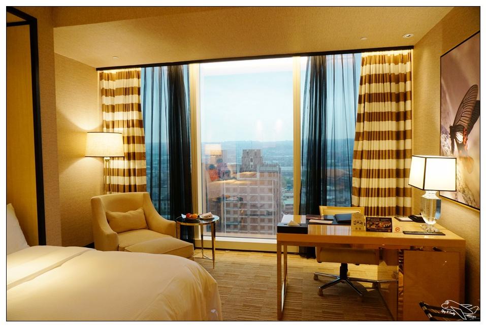 台中豪華住宿|林酒店二訪。讓身心都有個舒服的假期~備品高檔、住宿品質超好超舒適~