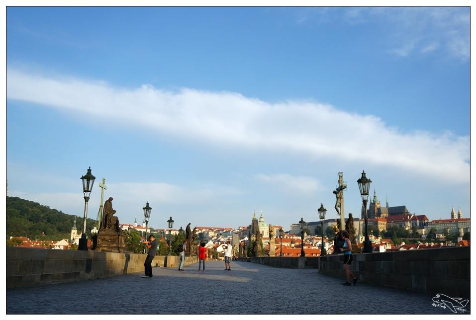 捷克自助|布拉格 CK小鎮四天三夜行程|住宿、交通、上網、採買、換匯、景點總整理~