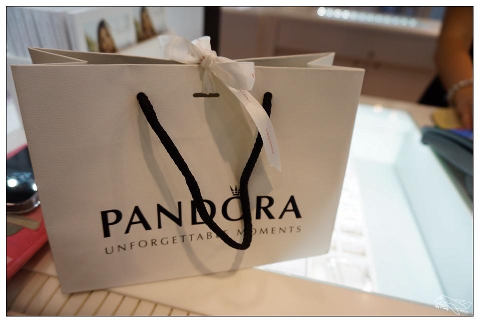 即時熱門文章:世界便宜潘朵拉|捷克必買pandora・去布拉格怎麼可以不買潘朵拉?~一條手鍊價差1000元台幣~