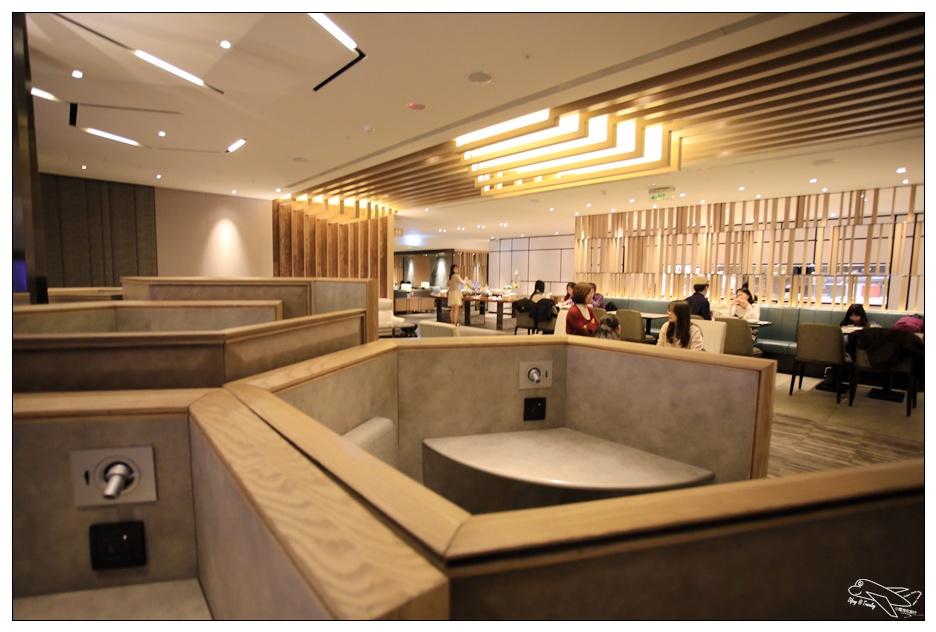 即時熱門文章:桃園機場一航廈C區|環亞貴賓室plaza premium lounge・PP卡超好用~