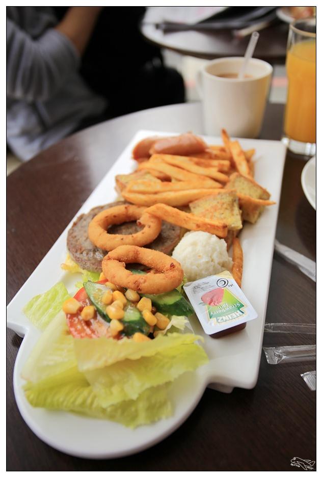 捷運景美站早午餐|紅番茄・不起眼的小店給你滿滿的早餐享受~