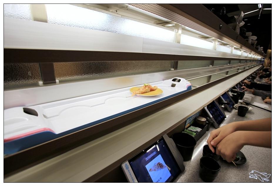好吃好玩點爭鮮|Magic Touch,科技新食尚,手指一點下去,新幹線送壽司來囉!