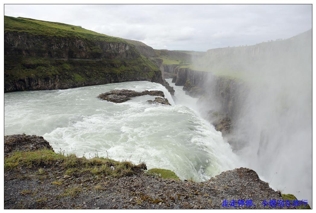 冰島tour|冰島必遊黃金圈經典行程。Geysir間歇泉、Gullfoss古佛斯瀑布、Þingvellir歐美板塊裂縫~美哉!冰島~